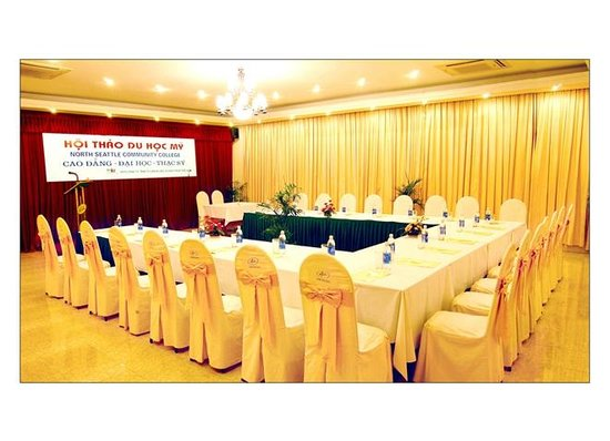 Bamboo Green Central Hotel: Meeting room