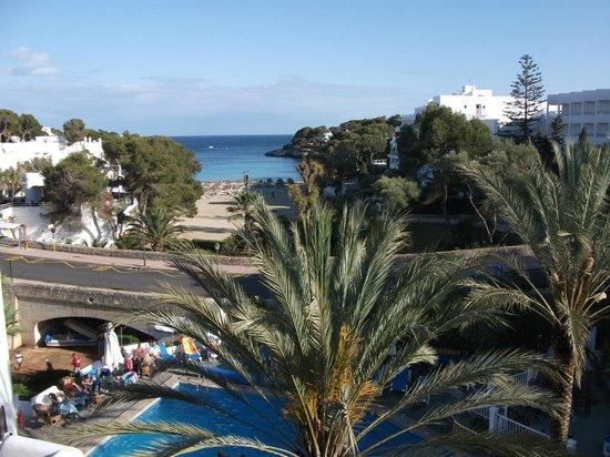 Gavimar Cala Gran Costa del Sur Hotel & Resort: The lovely view from room 404
