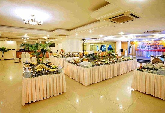 Bamboo Green Central Hotel : Restaurant