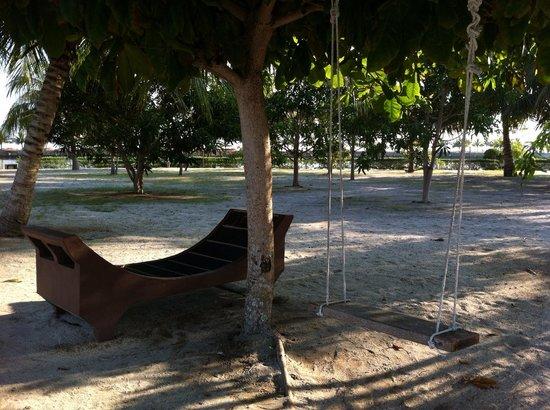 Bintan Sayang Resort : Scene beside swimming pool