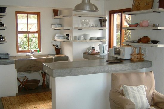 Stone Cottage: Boetie Pierre's fully equipped kichen