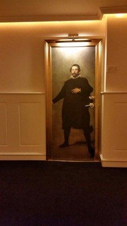 Gran Melia Colon: Room door