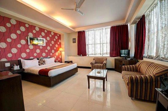 Hotel PR Residency: Executive Hall PR residency