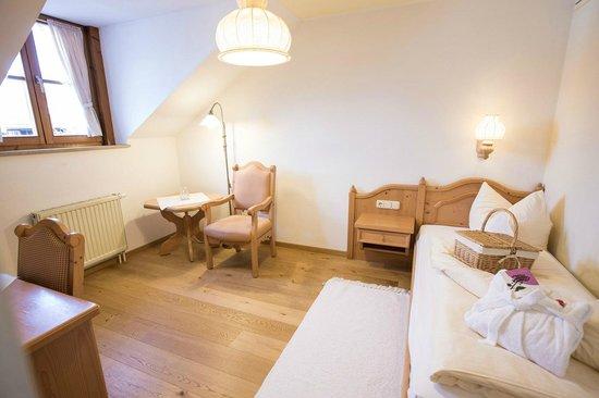 Moor & Mehr - BIO Kur-Hotel Bad Kohlgrub: Komfort-Einzelzimmer Holunder