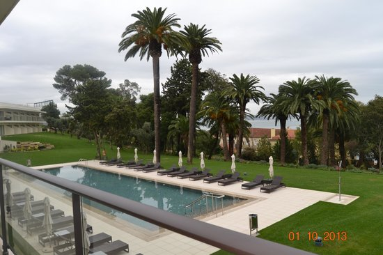 Vila Gale Collection Palacio dos Arcos: Pool & ocean view from balcony