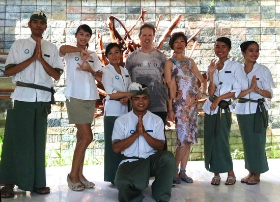 Amadea Resort & Villas: Mr Ken and Miss Manjia With The Staff