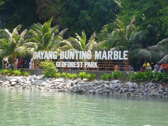 how to get to langkawi from melbourne