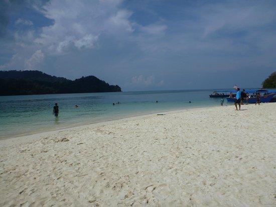 Island Hopping Tour with Ana, Langkawi : Beras Basah Island