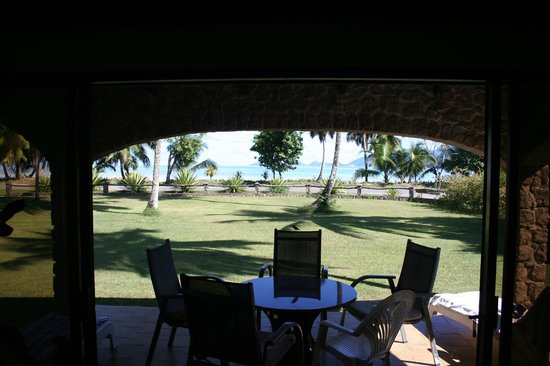 Blue Lagoon Chalets: Patio and view on Anse La Mouche