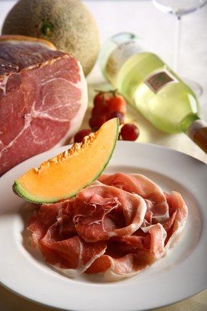 Regal Hongkong Hotel: Italian Parma Ham with Cantaloupe Melon