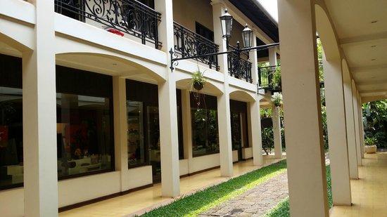 Heritage Suites Hotel: hotel