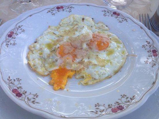Casa Masi: uova con tartufo