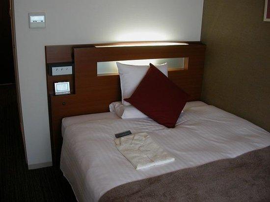 Hotel MyStays Fukuoka Tenjin Minami: キッチン付シングル、ベッド