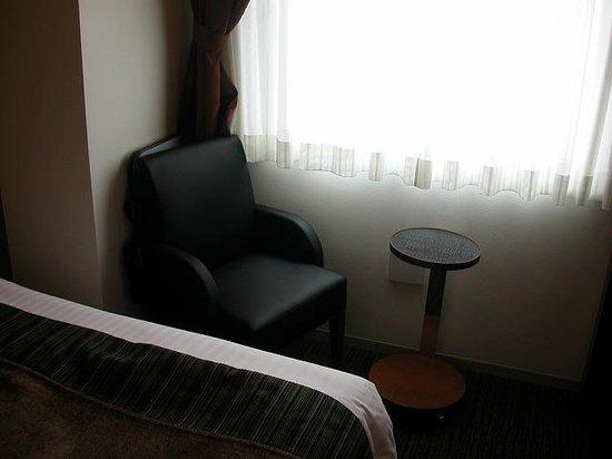 Hotel MyStays Fukuoka Tenjin Minami: キッチン付シングル、椅子