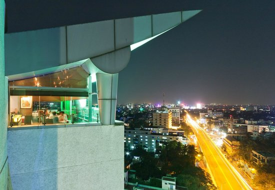 Pergola : Restaurant and the City