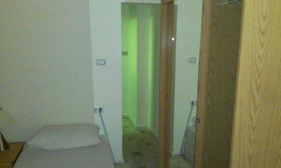 Excelencia Hotel Suites: Номер