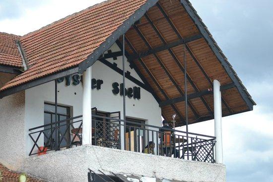Oyster Shell Restaurant: The balcony