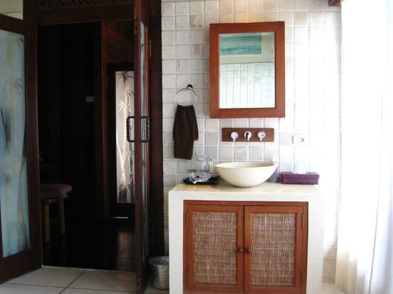 Villa Gaia : A small part of the Bathroom at the Master Bedroom upstairs