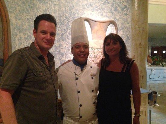 Iberostar Paraiso Beach: Juan Appolinio Executive Sous Chef and ourselves.