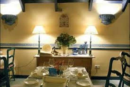 Kailuze: Interior restaurante