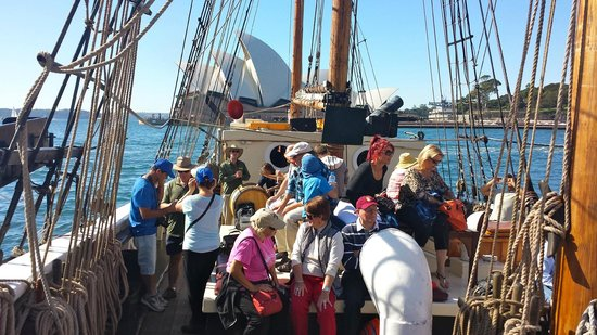 Convict, Castles and Champagne Tour: Setting Sail from the Dock