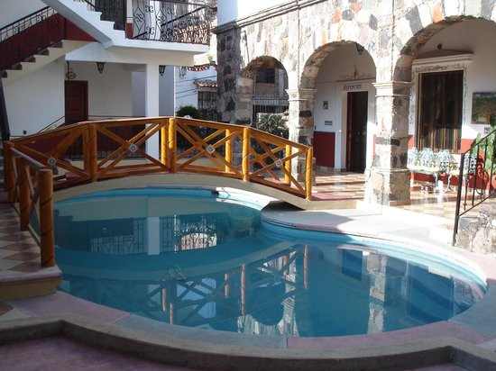 Hostal Villa San Francisco: Espace piscine / 30-03-2014