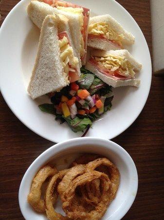 The Grosvenor Hotel : Lunch