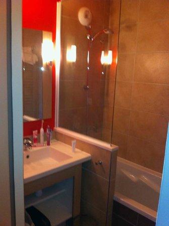 Apartamentos Pierre & Vacances Les Crozats: bathroom