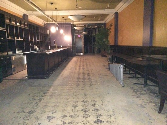 The Parker Inn & Suites: Future bar need to cross to get to parking