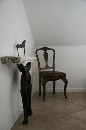 Villa D'Agostino : particolare camera letto