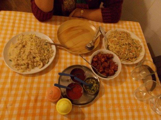 Shinkows: ChichenFried Rice_Chicken Noodles_Chilli Chicken
