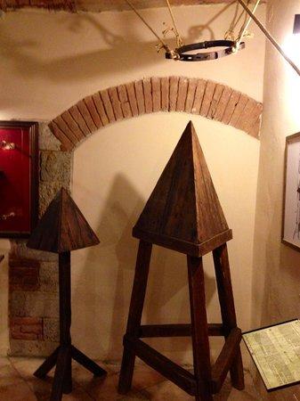 Museo della Tortura: La culla o la veglia ......!!!