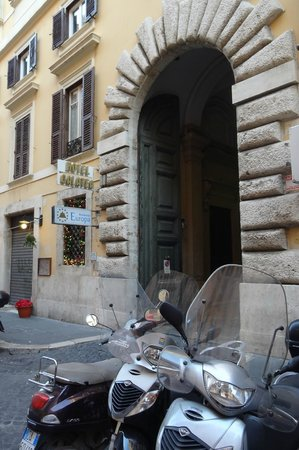 Hotel Galatea: Entrée de l'hôtel