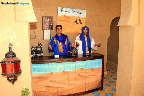 Riad Ouzine: Hotel Reception