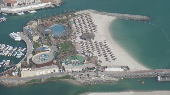 InterContinental Abu Dhabi: Der neue Strand , immer noch nicht ganz fertig :-(