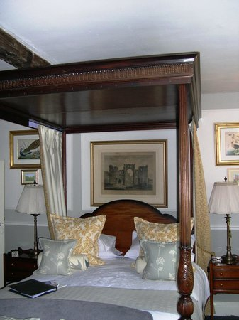The Old Rectory: The beautiful bed and room