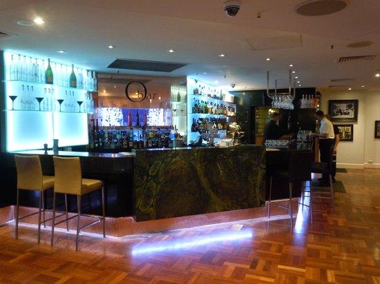Omeros Bros Seafood Restaurant: The O Bar