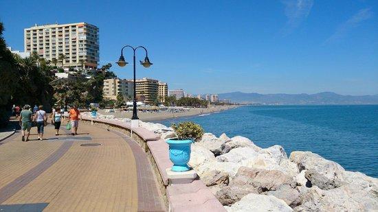 La Carihuela: promenade