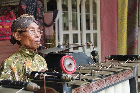 The Phoenix Hotel Yogyakarta - MGallery Collection: Gamelan