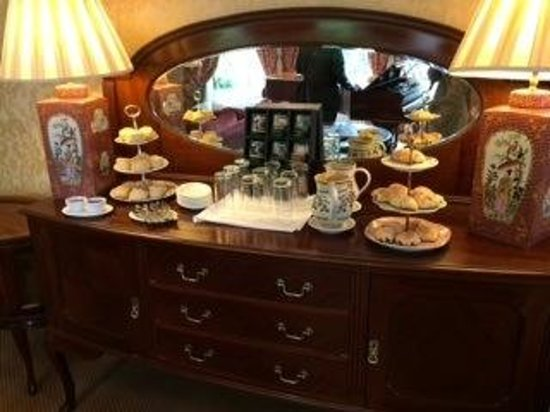 Ariel House: Home baked afternoon   tea and it's free!