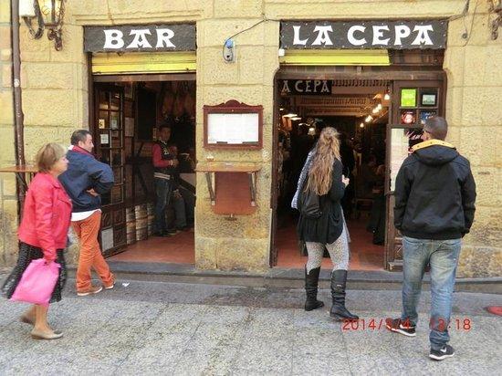 Bar La cepa : 店構え