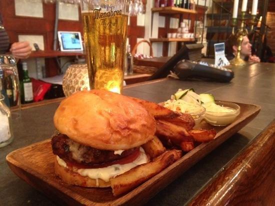 Oljebaren: the burger!