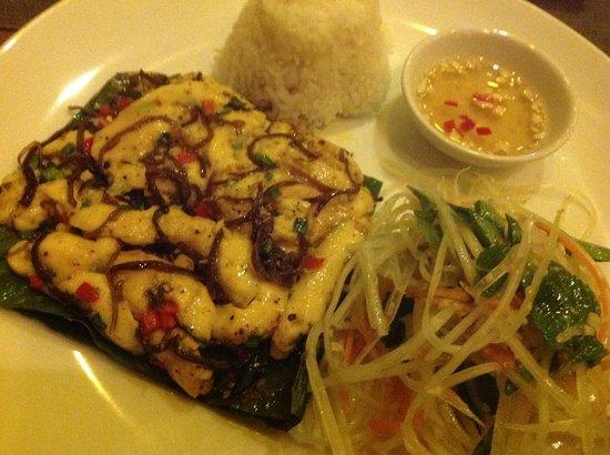 The Little Menu Restaurant: Chicken Banana Leaf