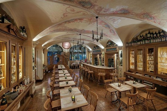Photo of German Restaurant Geisel's Vinothek at Schützenstr. 11 (hotel Excelsior), Munich 80335, Germany