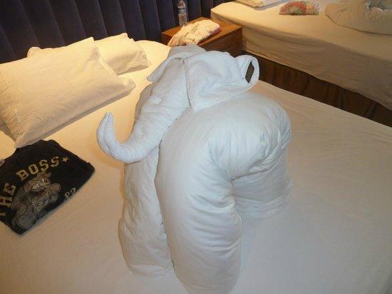 Liberty Hotels Lara : elephant towel lol