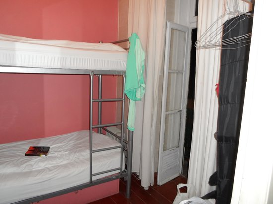 Alfama Patio Hostel : my shared room, great window views