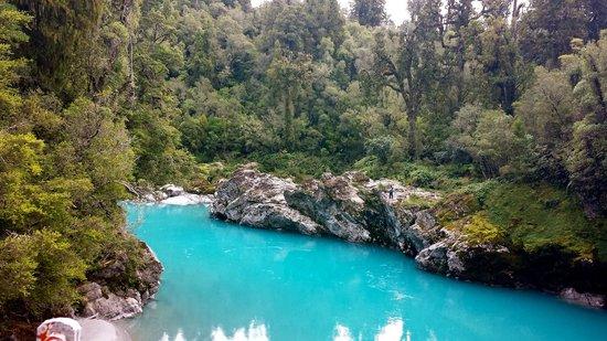 Hokitika Gorge Walk: Stunning Gorge - not photo shopped!!