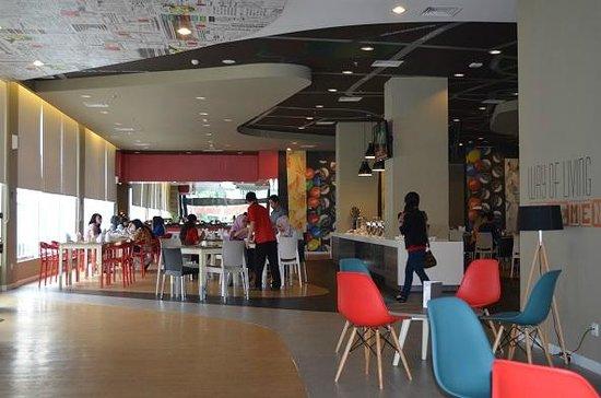 cafeteria picture of ibis surabaya city center hotel surabaya rh tripadvisor com sg