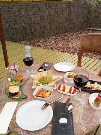 Mil Estrelles: cena terraza