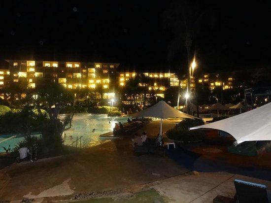 Shangri-La's Mactan Resort & Spa: 夜景